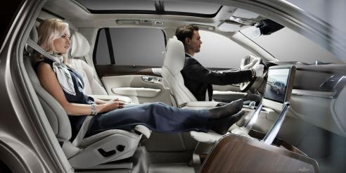 161631_Volvo_XC90_Excellence_Lounge_Console